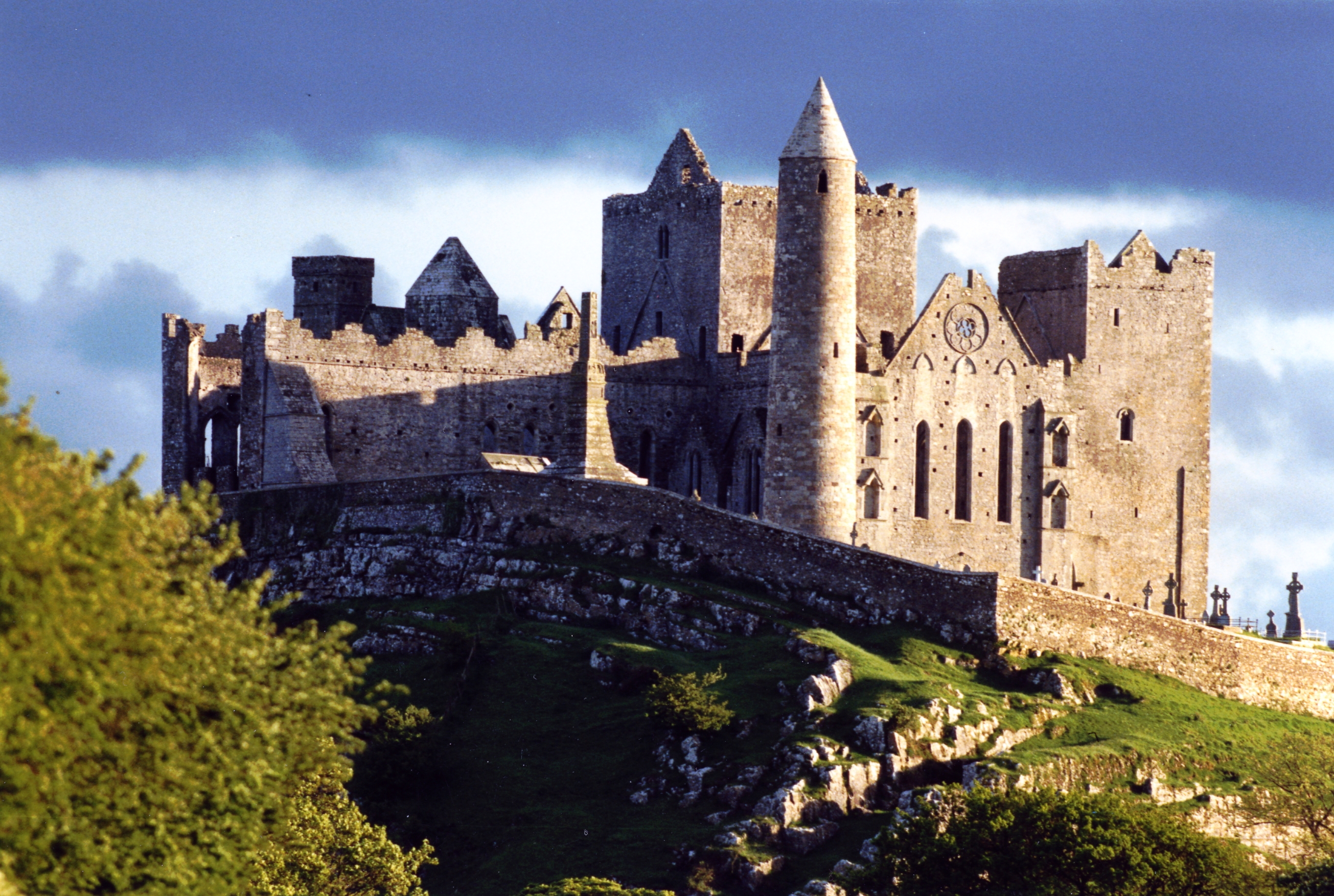 The Rock of Cashel & Waterford | Carrig Coaches
